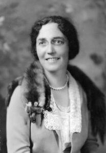 Nina María Adelina Isabel Emilia Otero